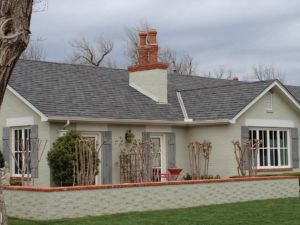 Grand Manor Colonial Slate on painted brick